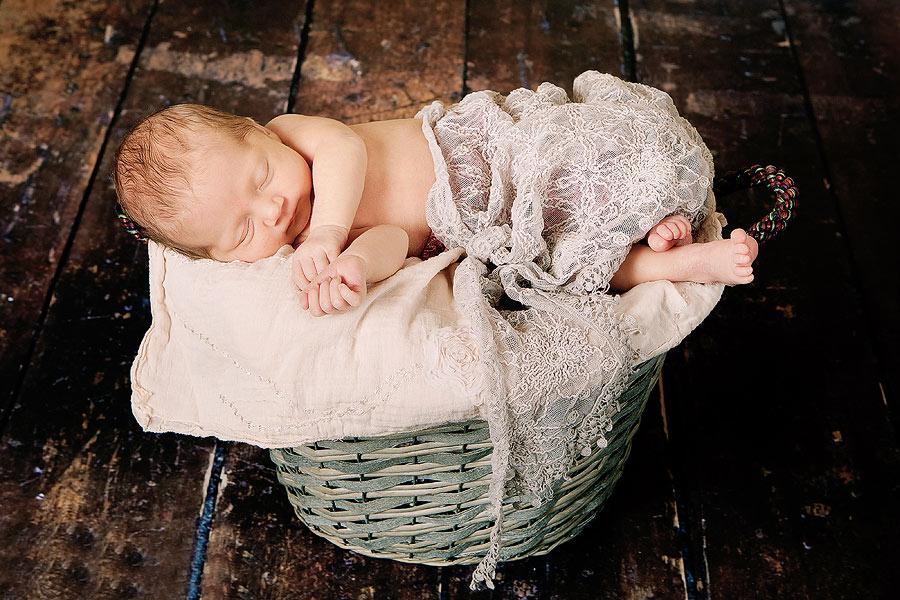 Babyfotos mit 12 Tagen