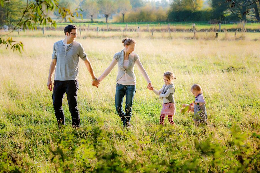 moderne Familienfotografie. Fotograf für Familienfotos