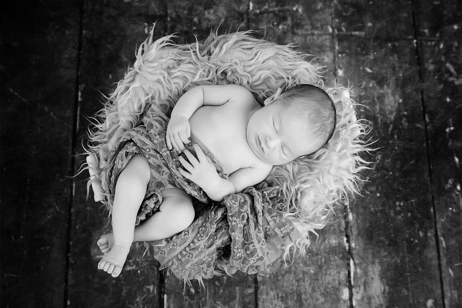schlafendes Baby beim Fotoshooting
