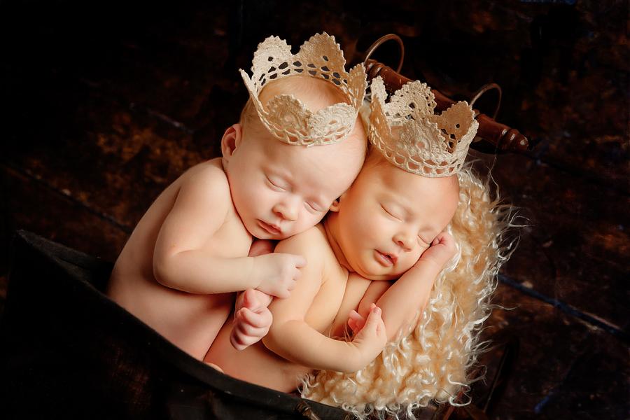 Zwillinge schlafen