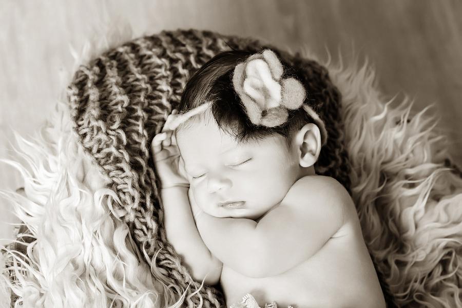 Neugeborenen-Fotoshooting-Paderborn-Wynn Photodesign-23