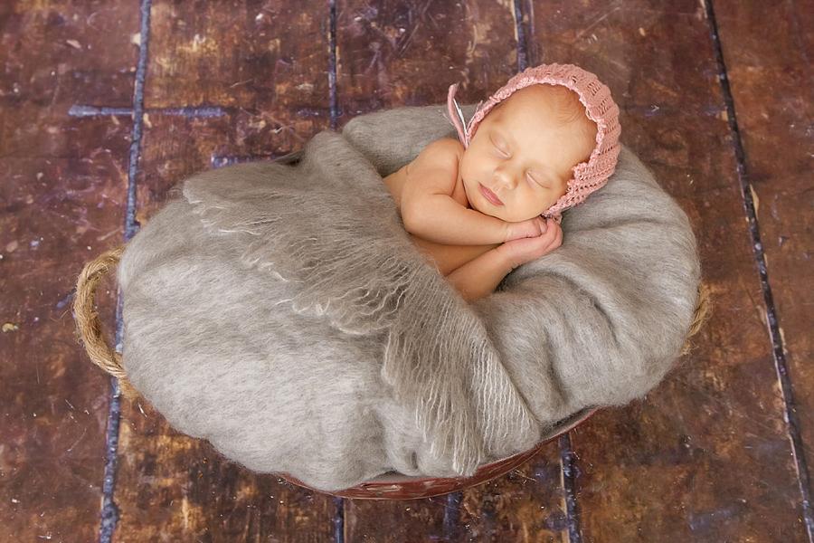 babyfotos_paderborn_babyfotograf_bielefeld_neugeborenenfotoshooting_ann_geddes-Hanna8
