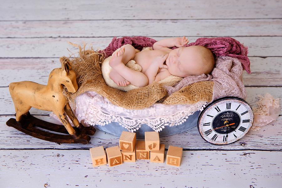 Neugeborenen-Fotoshooting-Ann-Geddes-Wynn Photodesign-Hannah-11