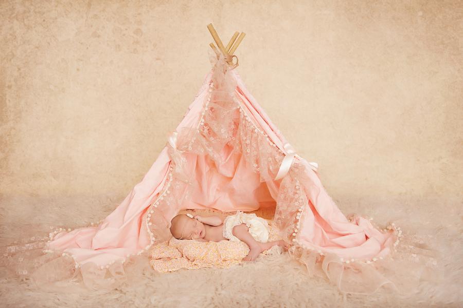 Neugeborenen-Fotoshooting-Ann-Geddes-Wynn Photodesign-Hannah-6