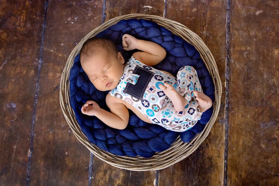 Fotograf paderborn neugeboren babyshooting negeborenenshooting paderborn maximilian-18