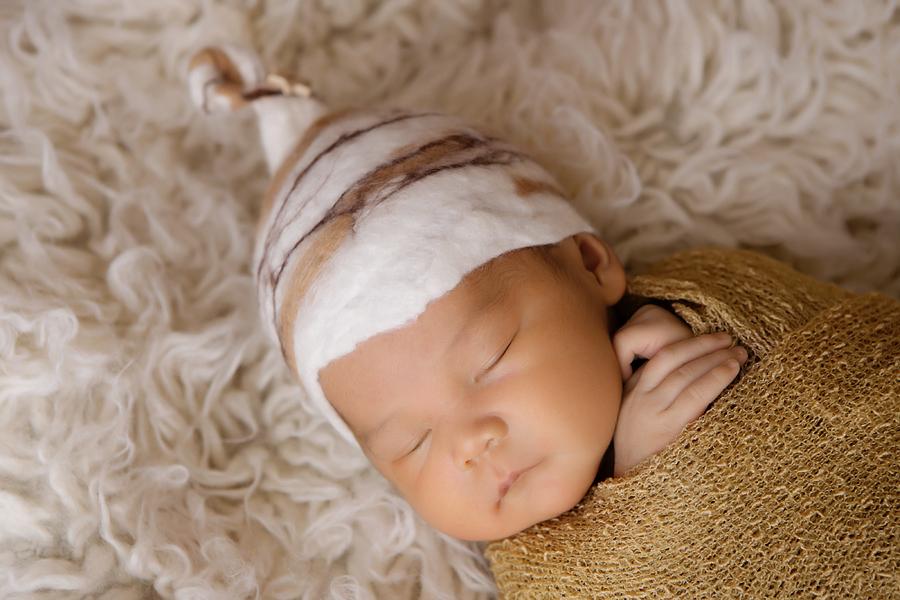 Fotograf paderborn neugeboren babyshooting negeborenenshooting paderborn maximilian-5