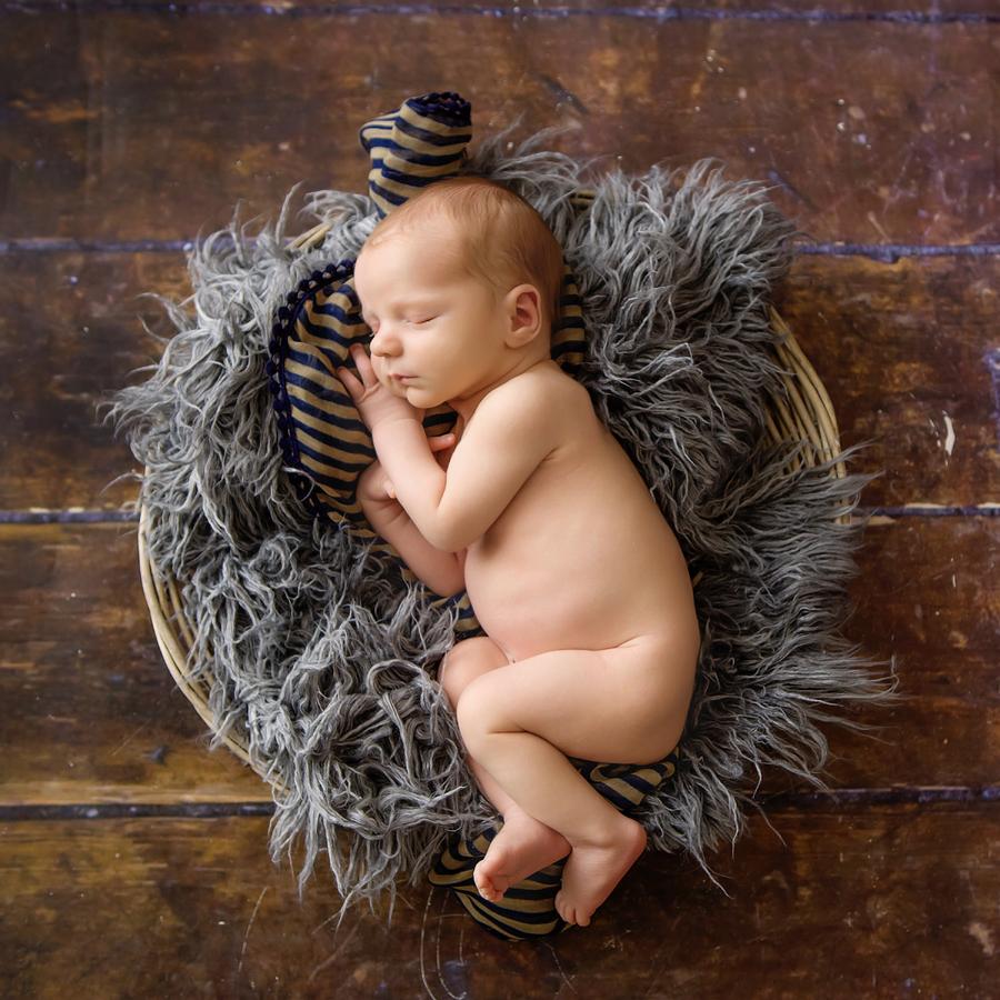 Fotograf paderborn neugeboren babyshooting negeborenenshooting paderborn Justus-9