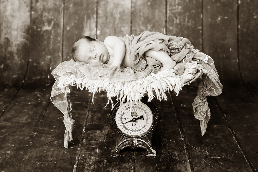 BabyFotograf paderborn neugeboren babyshooting negeborenenshooting paderborn Nike Till-12