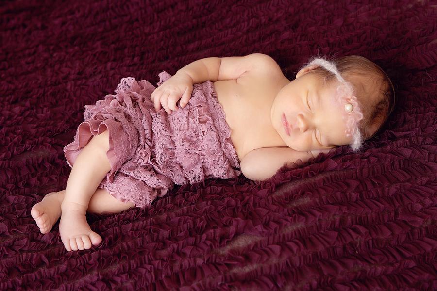 BabyFotograf paderborn neugeboren babyshooting negeborenenshooting paderborn Nike Till-15