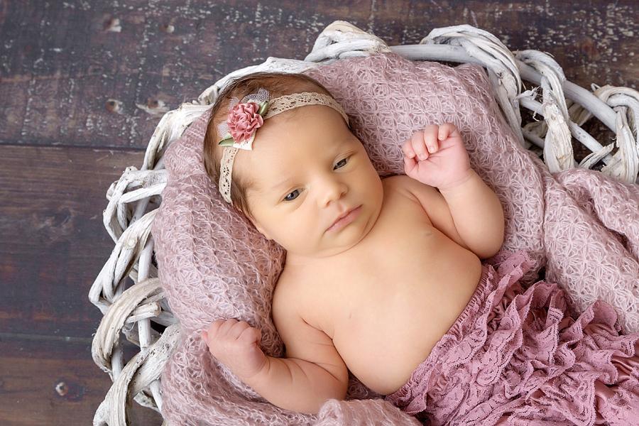 BabyFotograf paderborn neugeboren babyshooting negeborenenshooting paderborn Nike Till-23