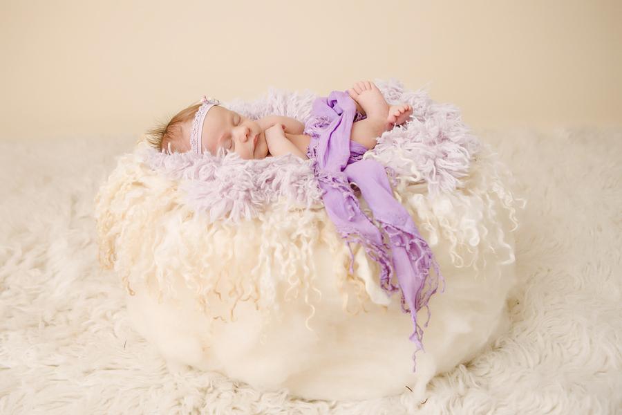 Babyfotograf paderborn neugeboren babyshooting negeborenenshooting paderborn Viktoria-3