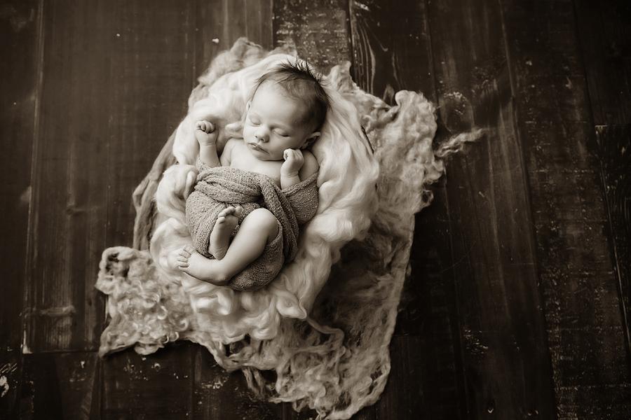 Babyfotograf paderborn neugeboren babyshooting negeborenenshooting paderborn Viktoria-4