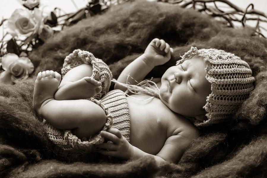 neugeborenenfotos babyfoto paderborn baby fotoshooting paderborn wynn photodesign mathilda babyfotograf-14