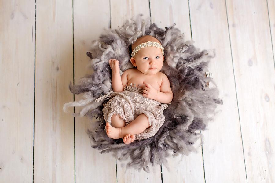 neugeborenenfotos babyfoto paderborn baby fotoshooting paderborn wynn photodesign marlene babyfotograf-9
