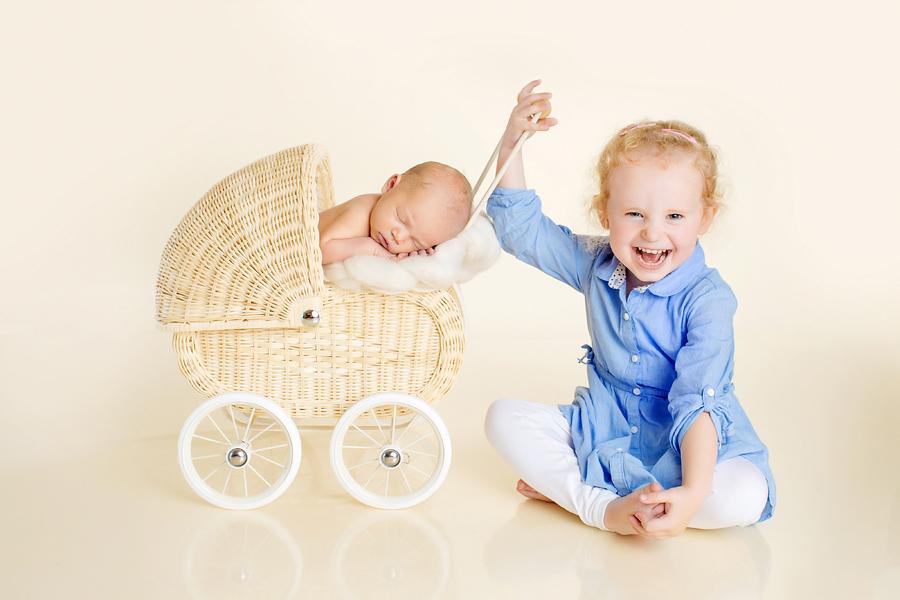 Neugeborenen, Geschwisterbilder Paderborn, Babyfotos Bielefeld, Luisa 7