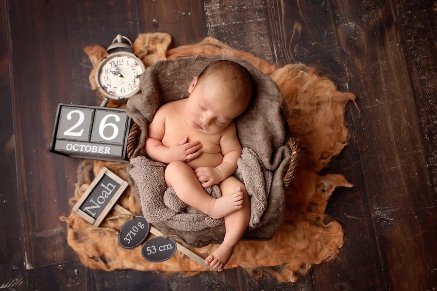 neugeborenen-fotoshooting-paderbornbabyfotos-bielefeld-babyfotoshooting-noah-1