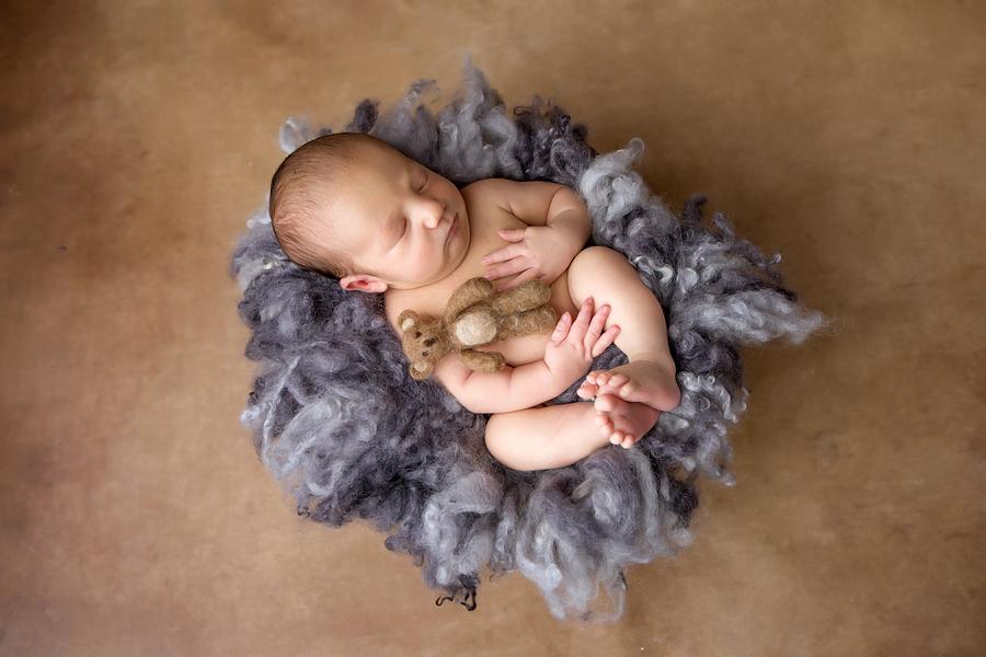 neugeborenen-fotoshooting-paderbornbabyfotos-bielefeld-babyfotoshooting-noah-11