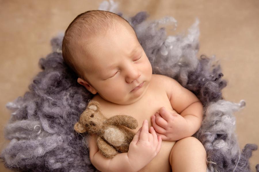 neugeborenen-fotoshooting-paderbornbabyfotos-bielefeld-babyfotoshooting-noah-12