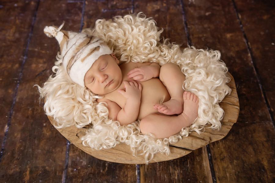 neugeborenen-fotoshooting-paderbornbabyfotos-bielefeld-babyfotoshooting-noah-16